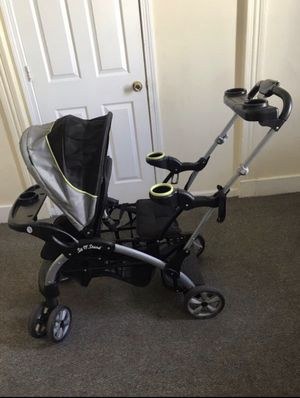 Doble seat stroller for Sale in New Haven, CT