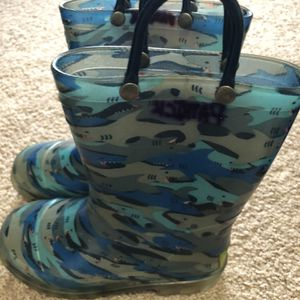Rain boots western Chief for Sale in Hillsboro, OR