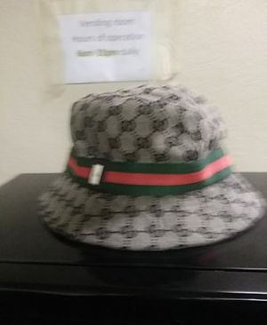Mens XL Gucci Bucket Hat $200 for Sale in Bakersfield, CA