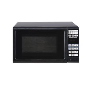 Hamilton Beach 0.7 Cu. Ft. Black Microwave Oven free shipping! for Sale in Porter, TX