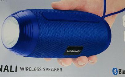 blue speaker with flashlight for Sale in Yakima,  WA