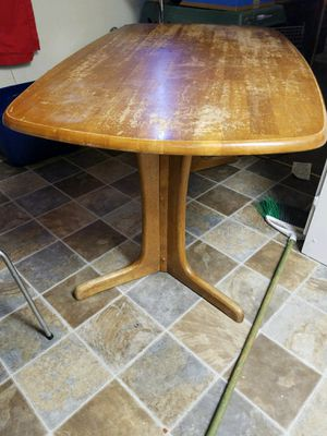 Kitchen table for Sale in Bend, OR