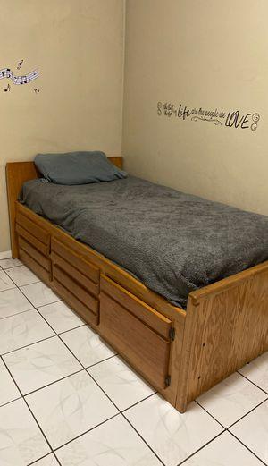 Bed frame for Sale in Pico Rivera, CA