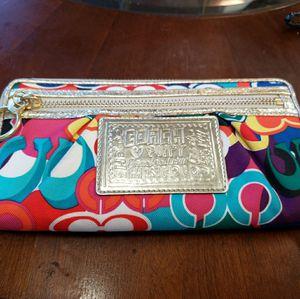 Coach wallet wristlet for Sale in London, OH