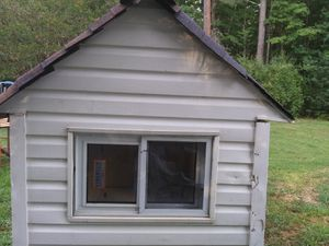 Play house or big dog house for Sale in Midlothian, VA