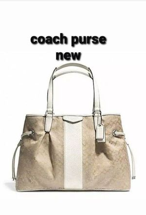 New coach purse $120 or best offer takes it for Sale in Bloomingdale, IL