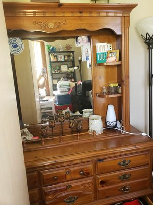 Queen or full bedroom set for Sale in Oldsmar, FL