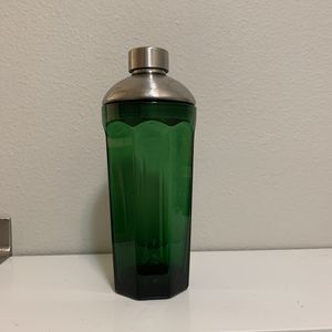 Tanqueray glass shaker for Sale in Duvall, WA