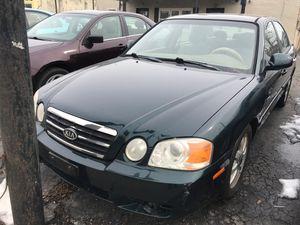 2004 Kia optima 136,000 miles for Sale in Columbus, OH