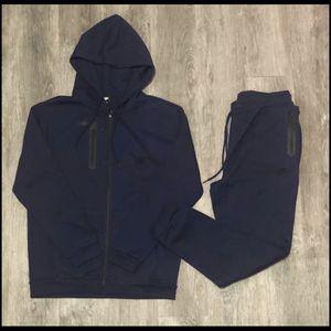 Nike Sweatsuit for Sale in Farmville, VA
