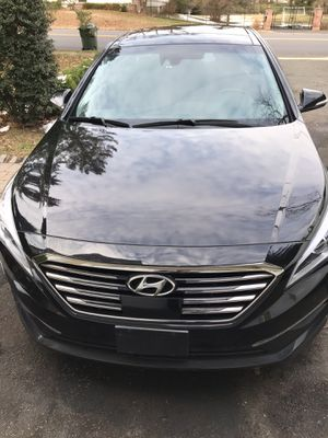 2015 Hyundai Santa limited for Sale in Manalapan Township, NJ
