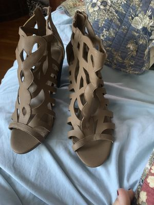 Women's summer heels for Sale in Wood River, IL