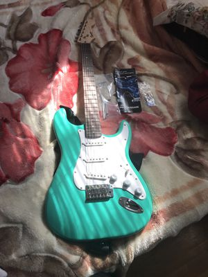 Electric guitar (squire) for Sale in Wichita, KS