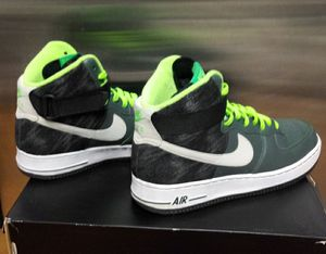 MENS NIKE AIR for Sale in San Angelo, TX