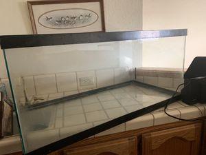 Fish tank for Sale in Modesto, CA