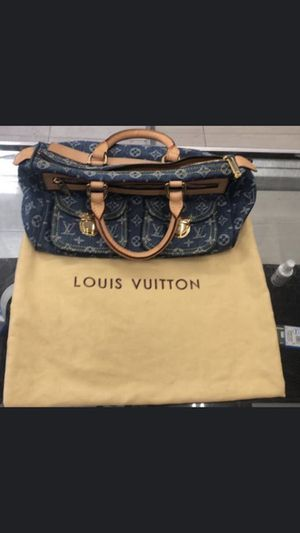 Louis Vuitton Bag for Sale in Staten Island, NY
