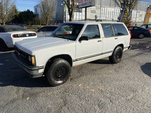 1994 Chevy s10 blazer 4X4 for Sale in Portland, OR