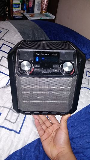 Tailgater express portable bluetooth speaker for Sale in Dallas, TX