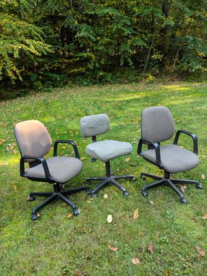 Office chairs for Sale in Burrillville, RI