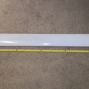 Lithonia LED 4ft 2900 Lumen Cool White Wraparound Light for Sale in Burbank, CA