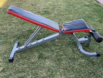Home Gym Bench Capacity 500 Pounds $140 for Sale in Lynwood,  CA