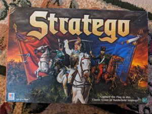 Stratego board game with all pieces Milton Bradley for Sale in Strongsville, OH