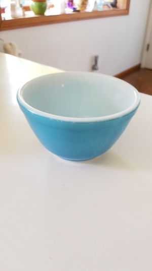 #401 Small blue pyrex bowl 1.5 pint for Sale in Orange, CA