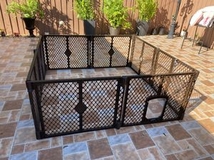 Dog kennel for Sale in St. Petersburg, FL