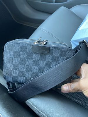 Louis Vuitton bag brand new for Sale in Dallas, TX