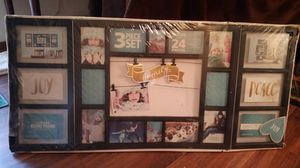 3 piece set Holds 24 different size be photos plus memory clips for Sale in Virginia Beach, VA