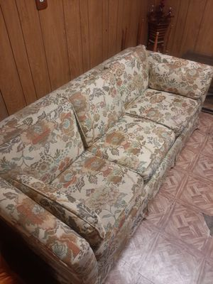 FREE couches! for Sale in Dearborn, MI