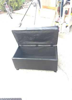 Rectanguar Black leather Ottoman. for Sale in Bronx, NY
