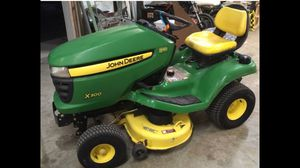 John Deere X300 lawn tractor 700 cash only for Sale in Wichita, KS