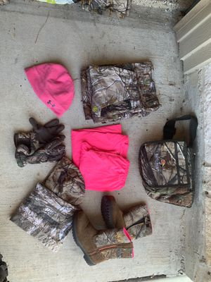 Kids camouflage hunting wear with boots for Sale in Atascocita, TX
