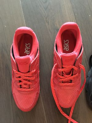 Red ASICS size 6Y and black hurraches size 7Y brand new for Sale in Alexandria, VA