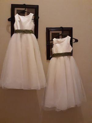 2 Wedding dress for kids for Sale in Portland, OR
