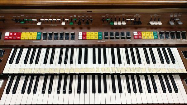 Yamaha Electone E-70 U Organ