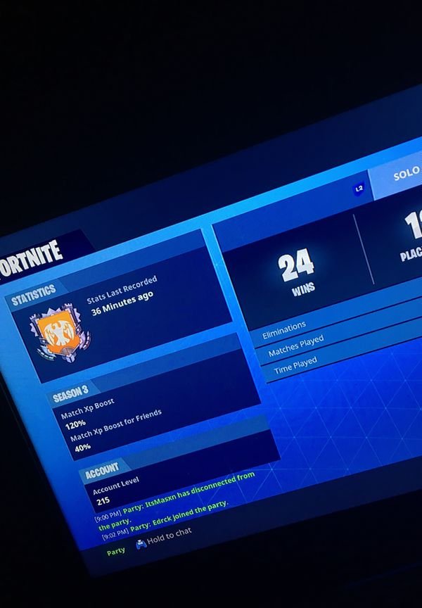 Selling my fortnite account that has renegade raider