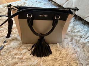 Nine West stylish, multicolored brand new handbag! for Sale in Queens, NY