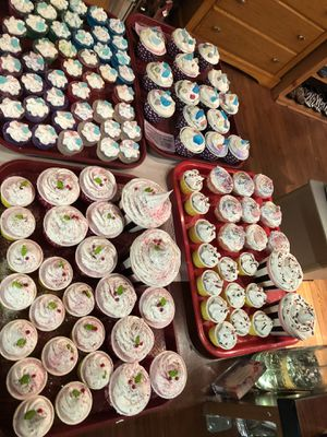 Unique Cupcake Soaps & Bath Bomb Fizzies for Sale in Georgetown, CO