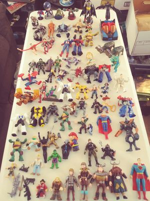 LARGE COLLECTION OF TOY ACTION FIGURES for Sale in Pasco, WA