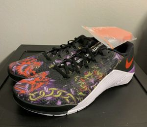 NEW Nike Metcon 5 Black Purple Nebula Bright Cactus Shoes Men's Sz 12 for Sale in Los Angeles, CA