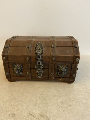 Wood Jewelry Box for Sale in Mesquite, TX