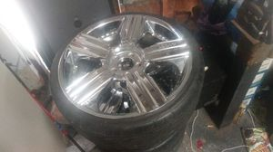 Lexani 20 in. Rims like new tires for Sale in East Wenatchee, WA