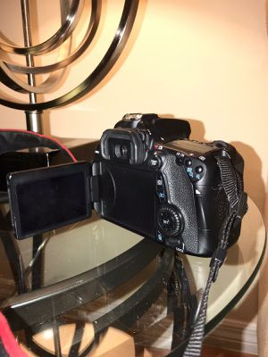 Canon 70D for Sale in Tampa, FL