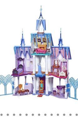 Disney Frozen 2 Ultimate Arendelle Castle Playset for Sale in Sacramento,  CA