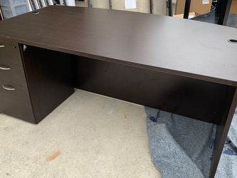 Executive Desk for Sale in Pflugerville,  TX