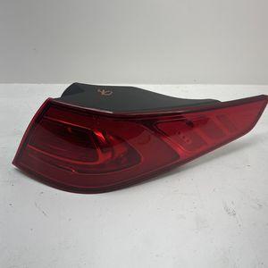 For 2014 2015 Kia Optima Right Passenger Taillight Lamp for Sale in Chino Hills, CA