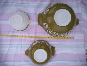 SET OF 3 VINTAGE PYREX GREEN White CRAZY DAISY CINDERELLA MIXING BOWLS 443, 442, 441 for Sale in Alexandria,  VA