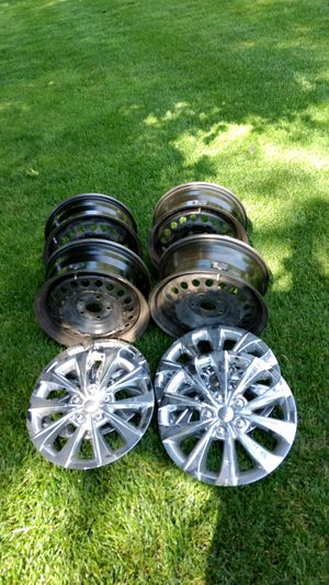 Rims & hubcaps from 2010 Honda Accord for Sale in Bay City, MI